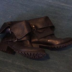 Black combat black boots